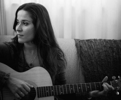 """Candice Fiais – lançamento """"Blues Azuis"""""""